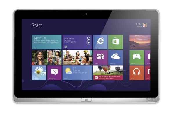 Acer Aspire P3-131-4833 11.6-Inch Detachable 2 in 1 Touchscreen Laptop (Silver)