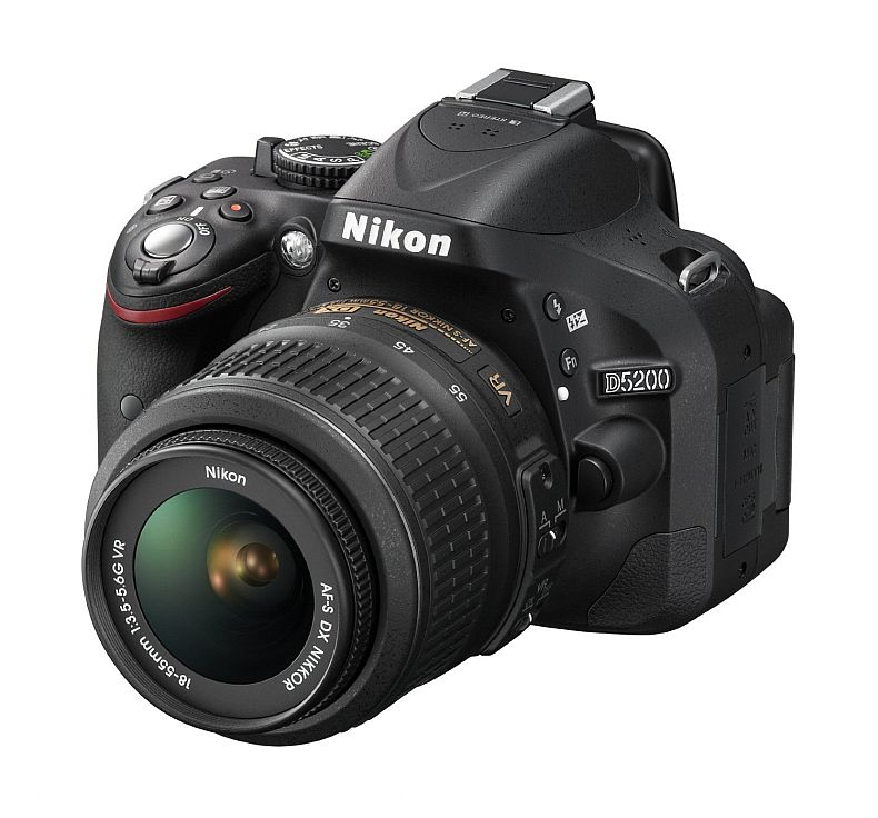 Nikon D5200 24.1 MP CMOS Digital SLR with 18-55mm f/3.5-5.6 AF-S DX VR NIKKOR Zoom Lens (Black)