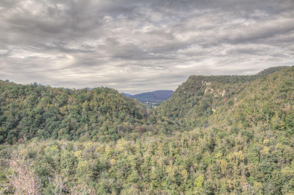 Valley surrounding Motsameta monastery