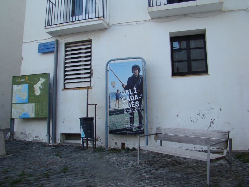 Salvador Dali bilboard