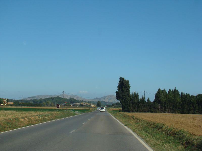 Road to Peratallada