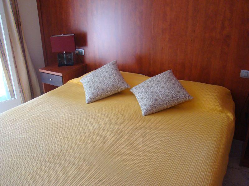 Bedroom at Hotel Globos