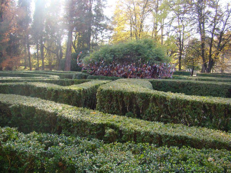 Labyrinth and tree of Wishes at Tsinandali