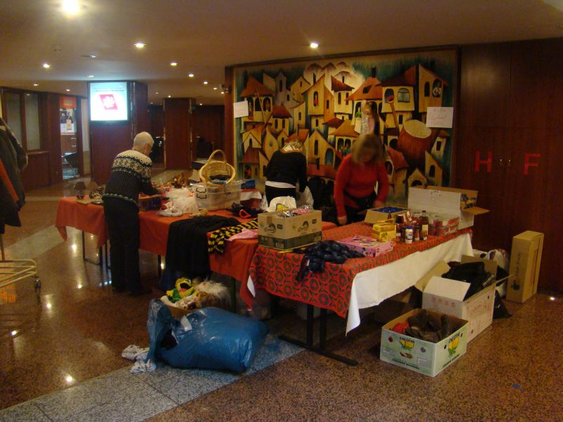 Handicrafts are being prepared for selling