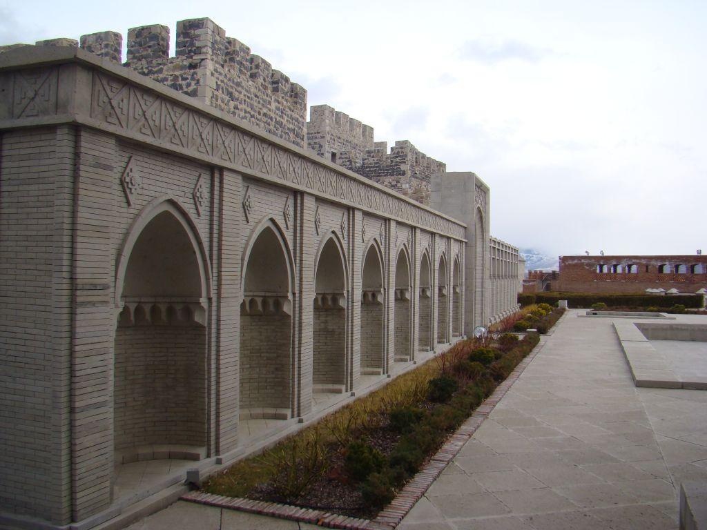 Interesting architecture elements at Rabati Fortress complex