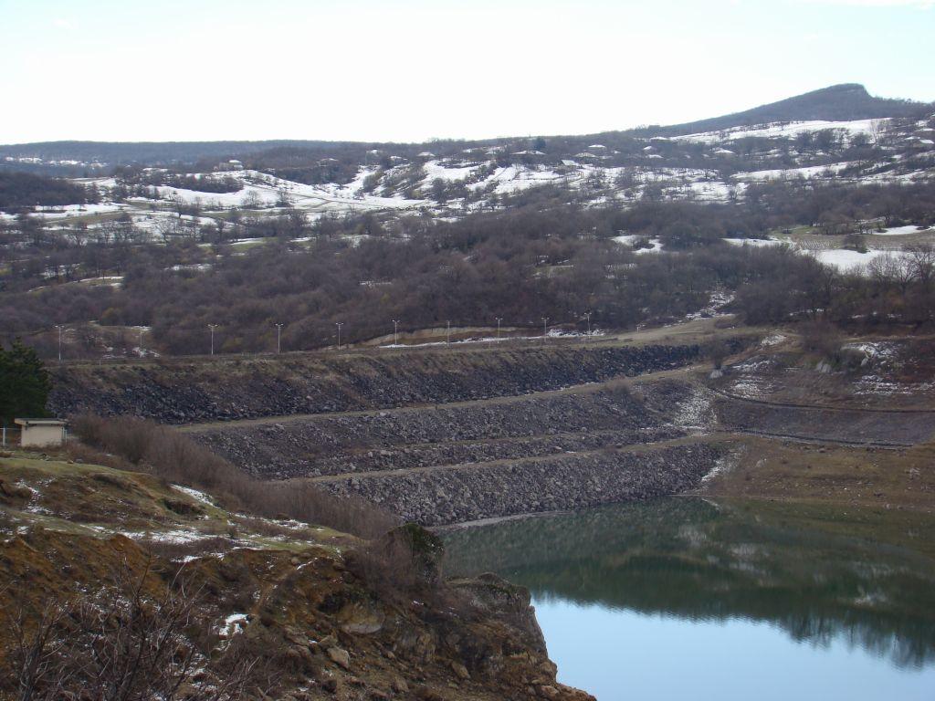 A dam on Algeti Reservoir