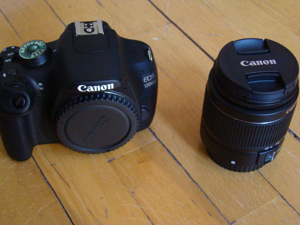 Canon EOS 1200D Body and 18-55mm lense