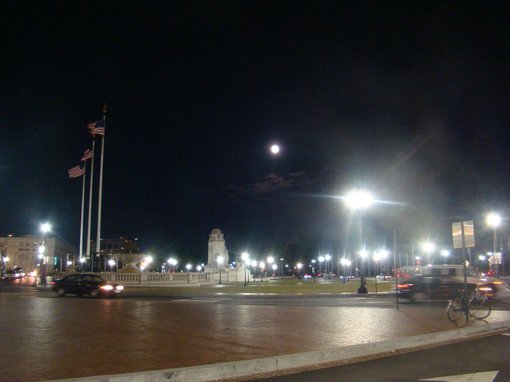 Super Moon in Washington D.C.