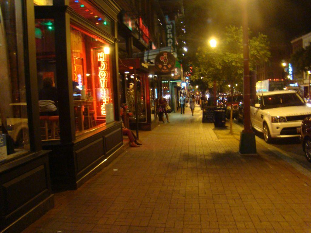 Lively street in Washington D.C.