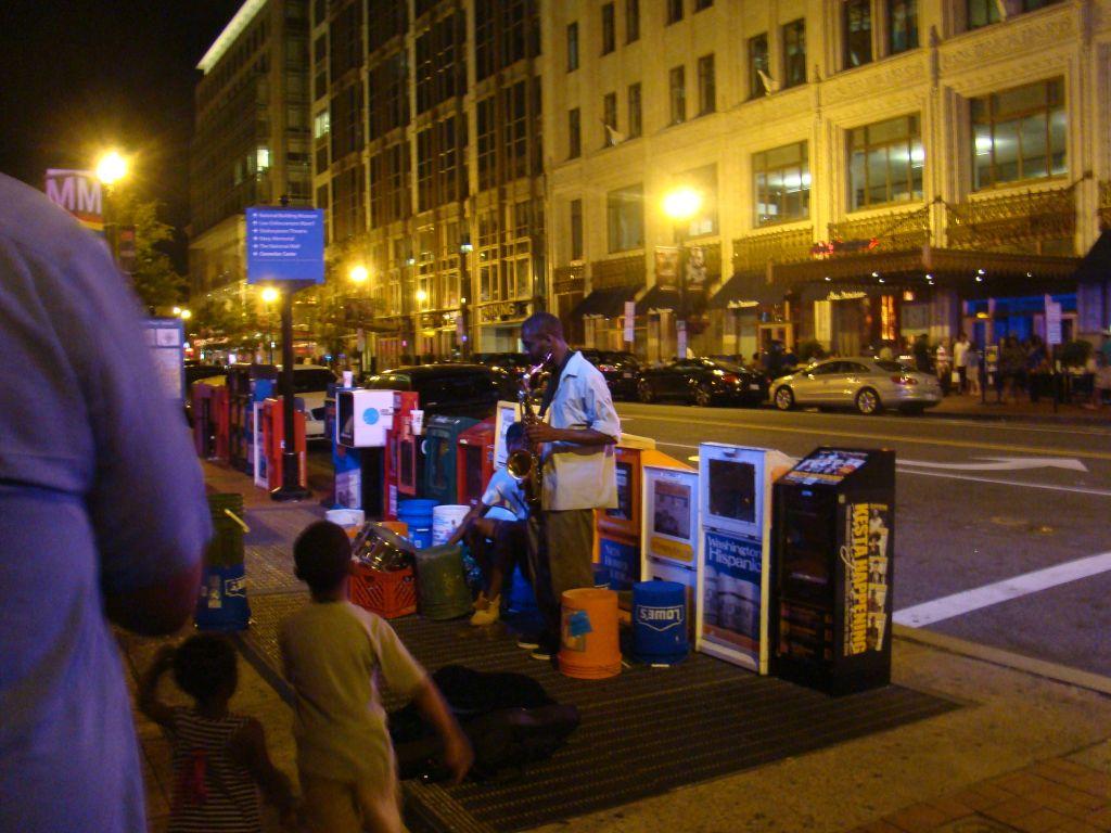 Street musicians in Washington D.C.