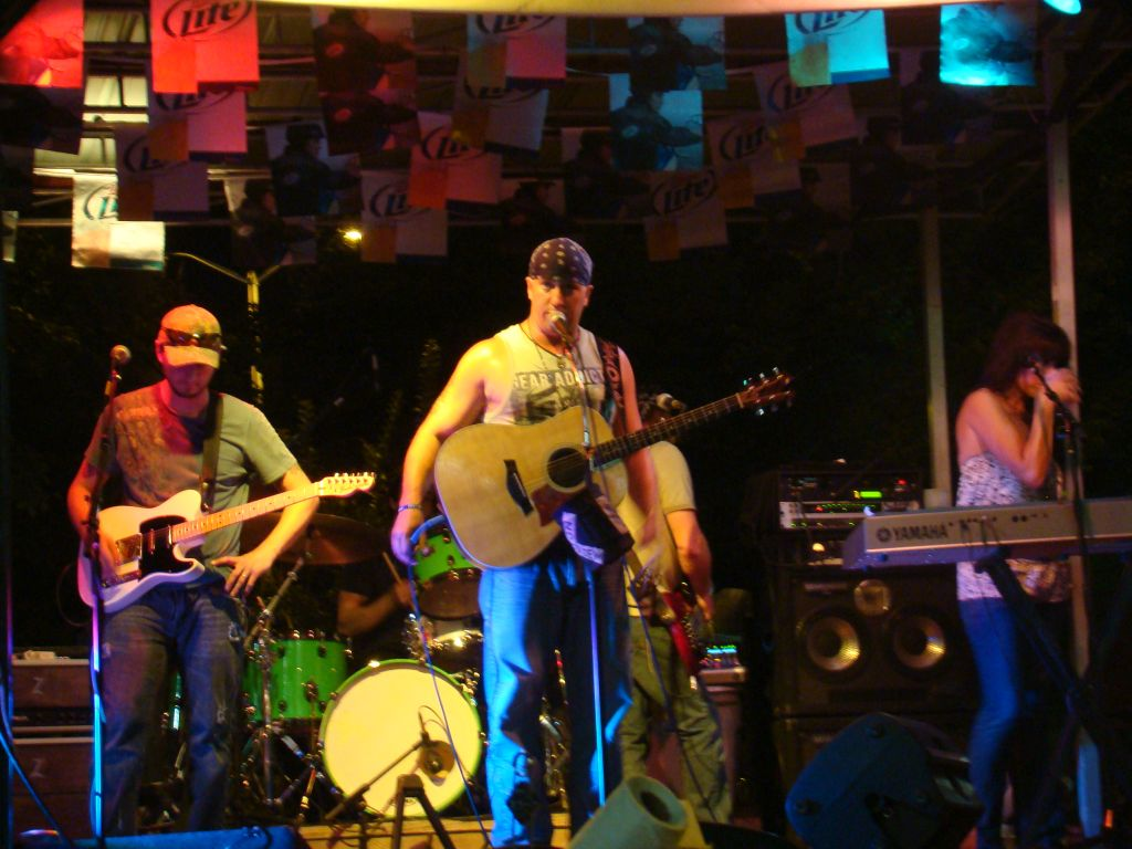Live performance at Quaker Steak and Lube in Knoxville