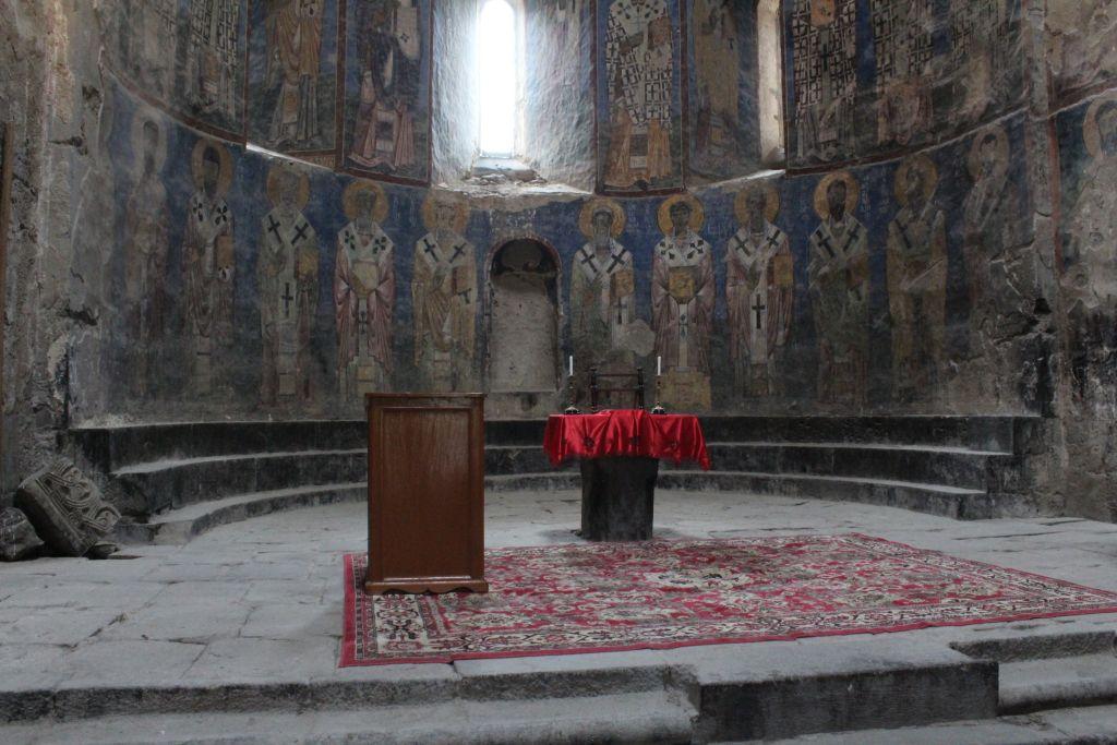 Altar at Akhtala monastery