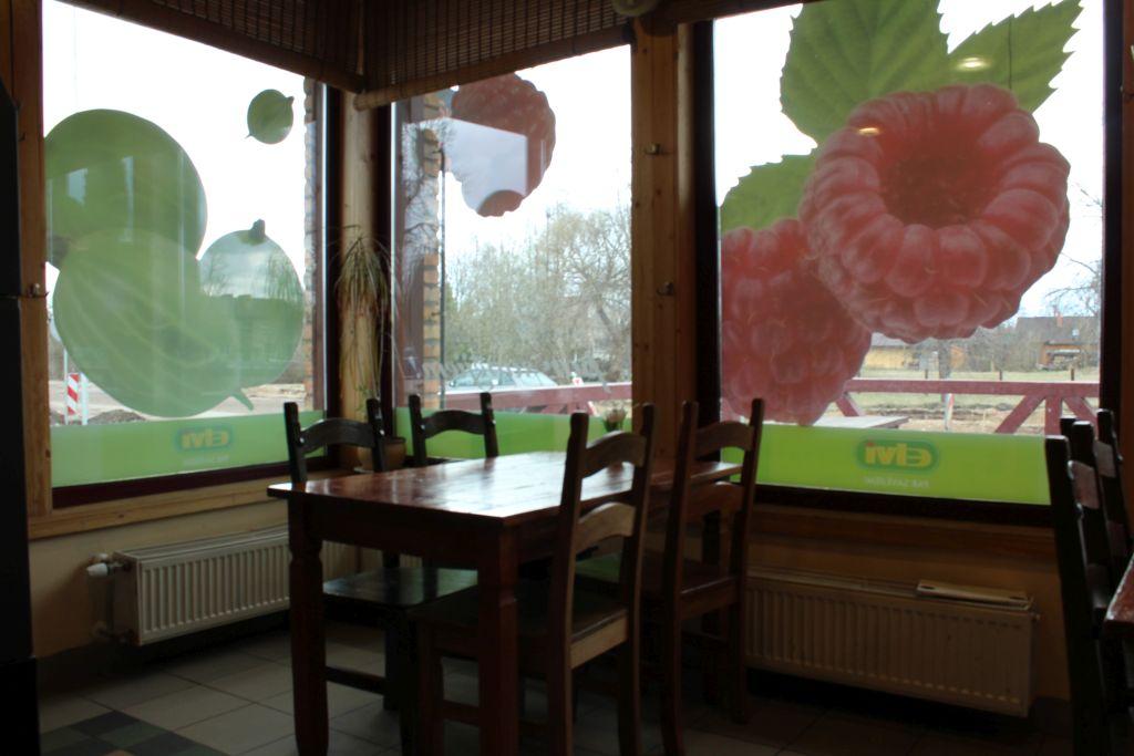 Table at Elvi Bistro
