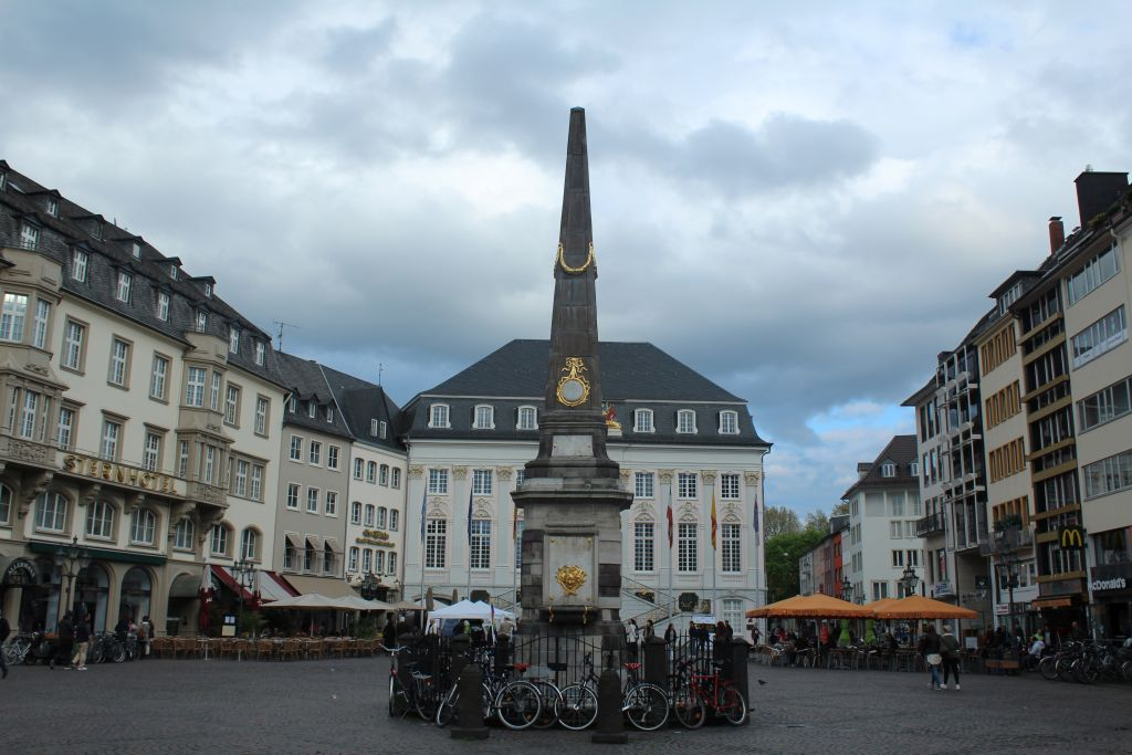 Old Town Hall and Obelisk