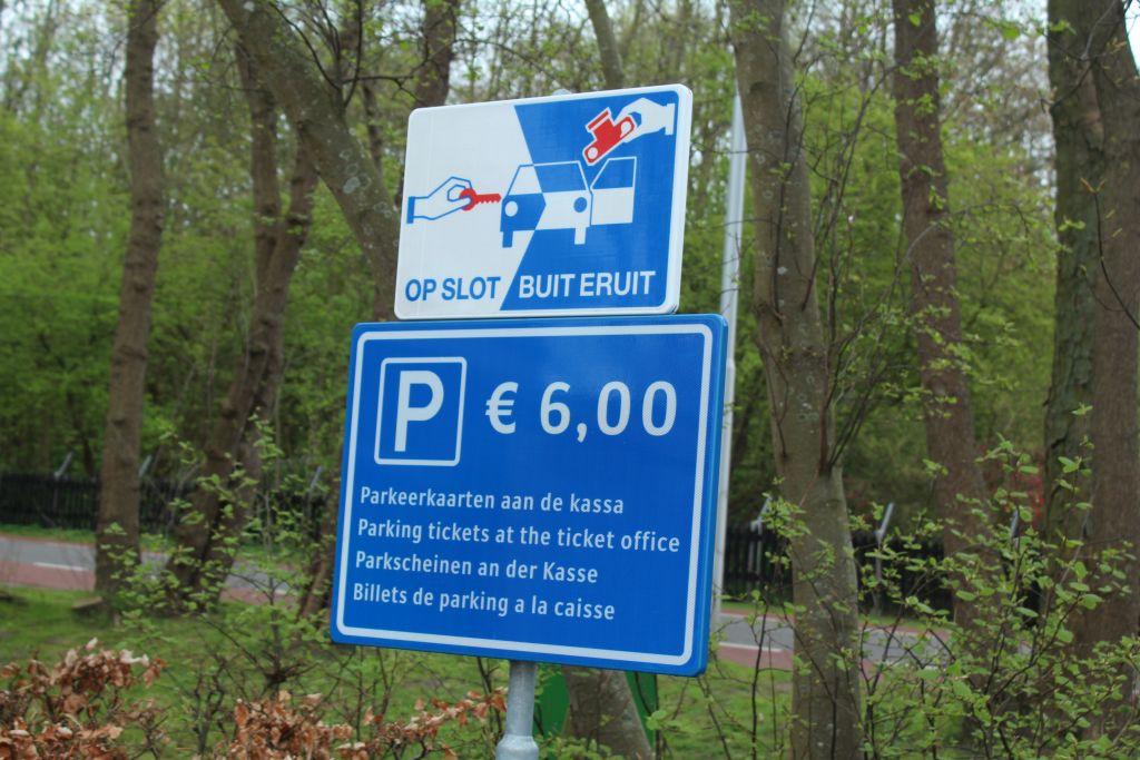 Parking at Keukenhof