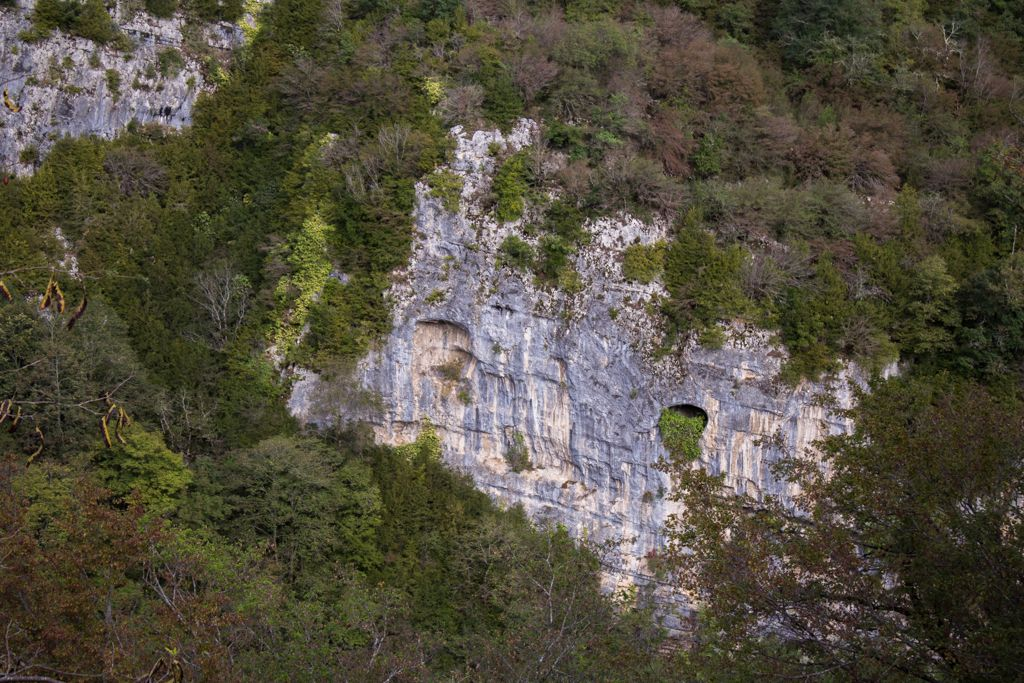 Cliffs near Motsameta monastery