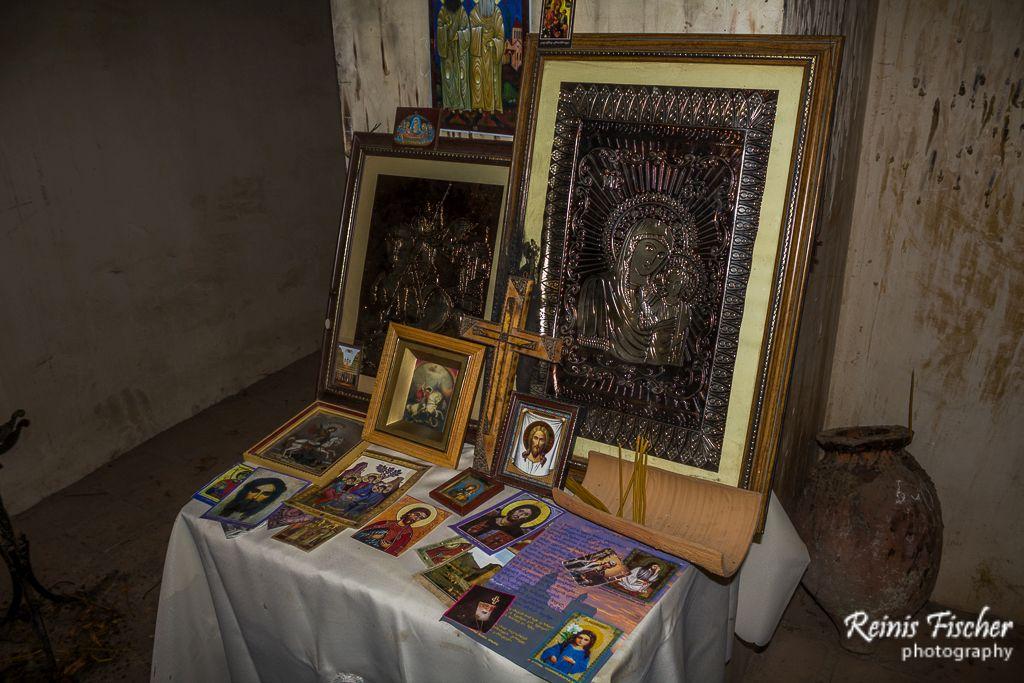 Prayers corner inside Dzveli Shuamta church