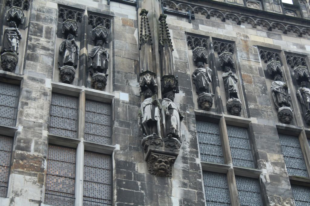 Gothic architecture elements on Aachen's Town hall walls
