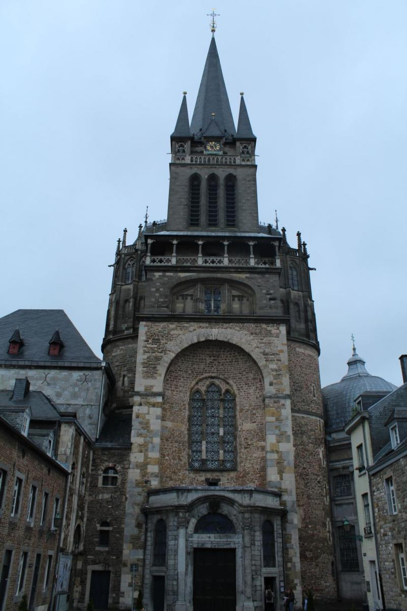 Front view of Aachen Cathdedral