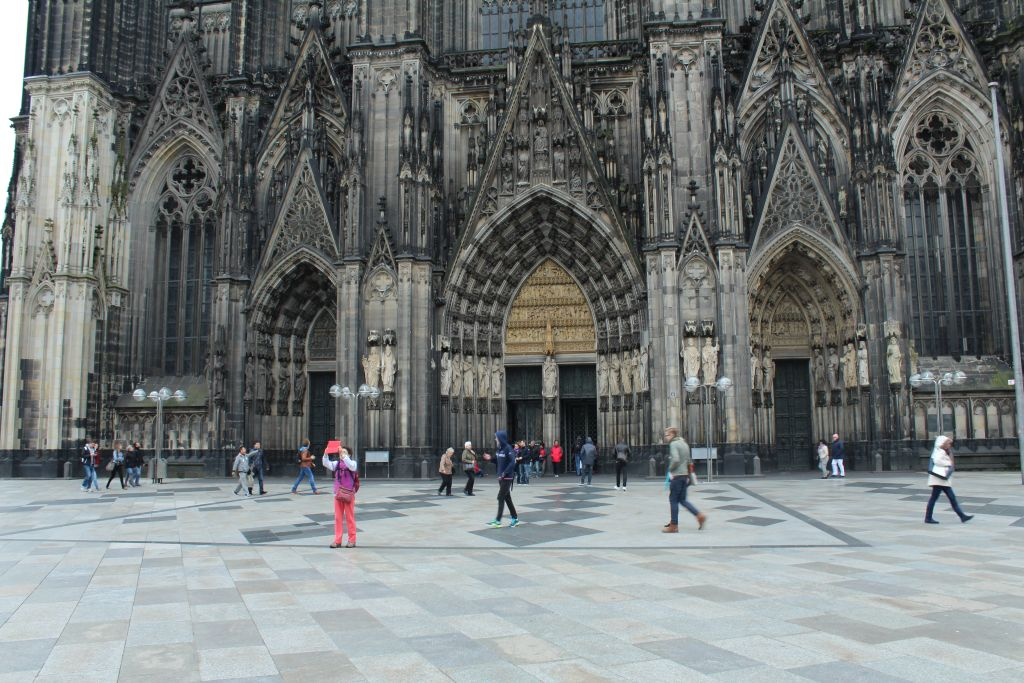 Front view of Cologne's Cathedral