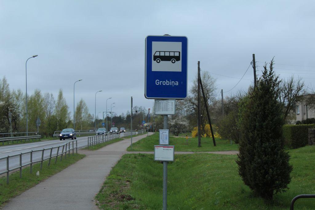 Bus stop 'Grobiņa'