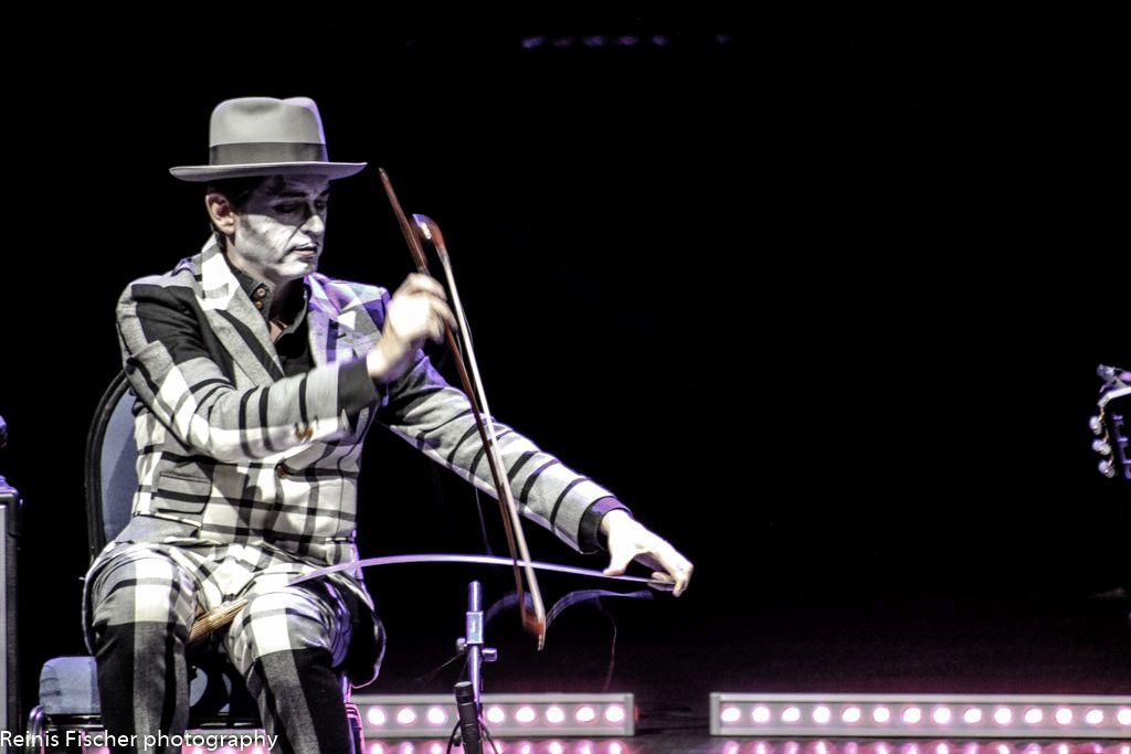 The Tiger Lillies playing on the saw