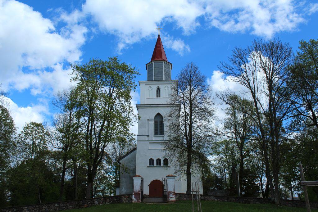 Skrunda church