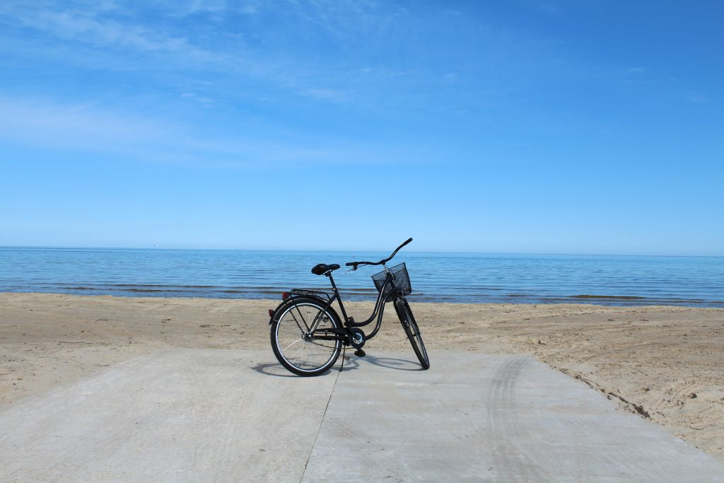 Cycling in Jūrmala - a hipster bicycle