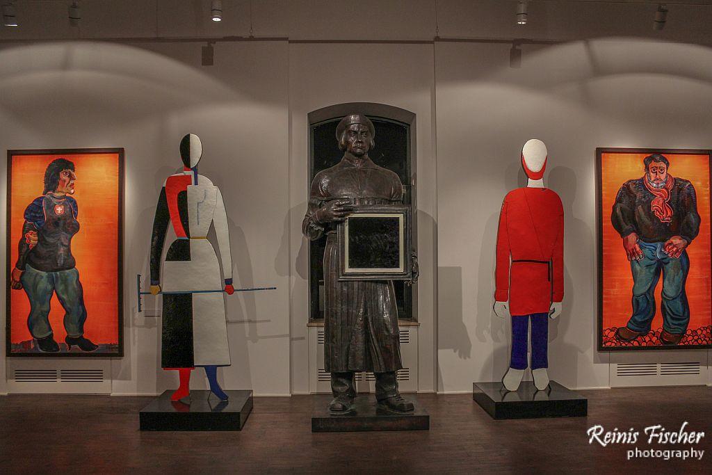 Exposition at Zurab Tsereteli Museum of Modern Art