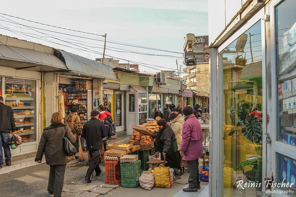 Local market in Varketili