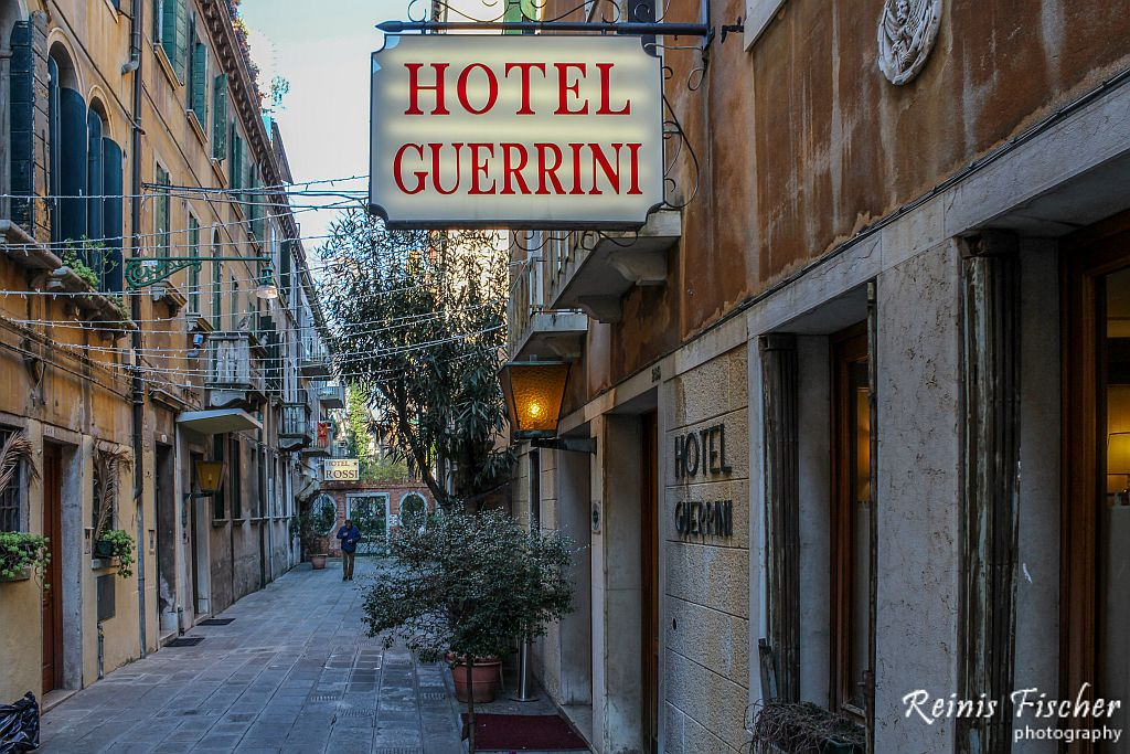 Yard at Hotel Guerrini in Venice, Italy