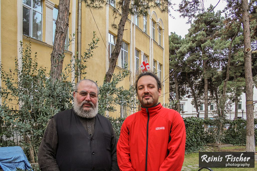 From the left: Father Nikolay of Ekvtime Takaishvili church; author of this blog in red