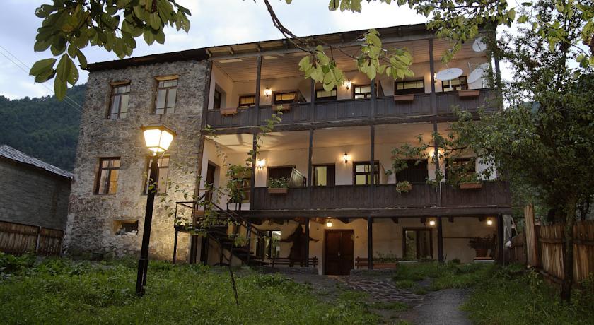 Villa Mestia Hotel