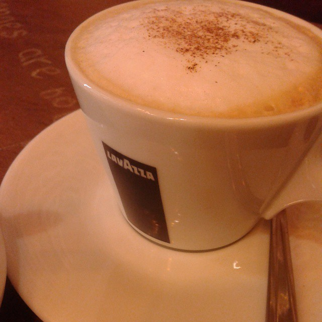 Cappuccino at Cafe Discovery
