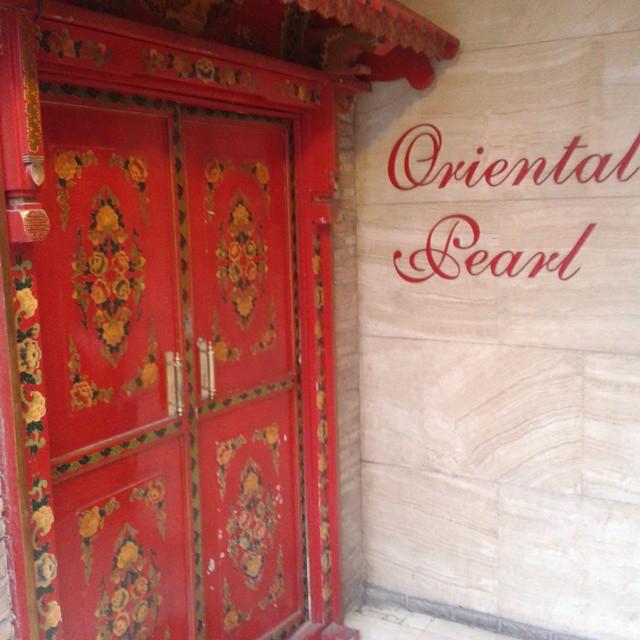 Entrance doors at Oriental Pearl reastaurant