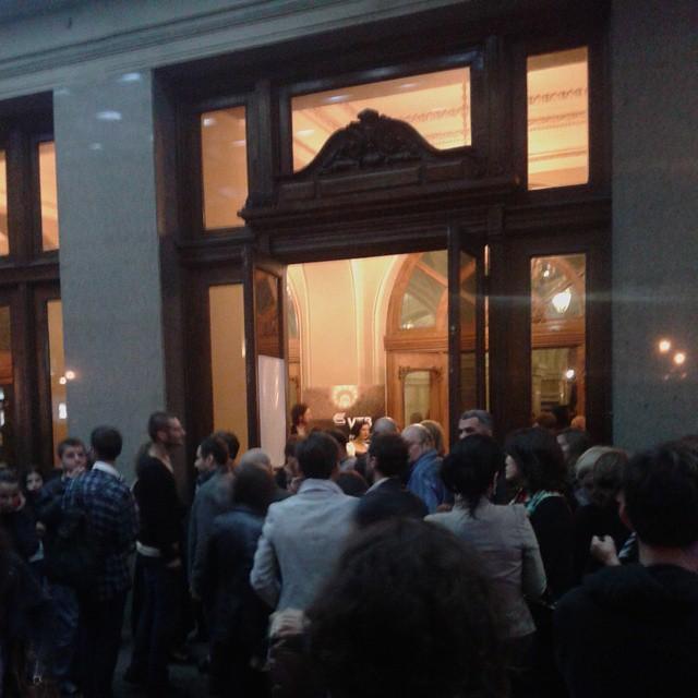 Queue at Rustaveli theater