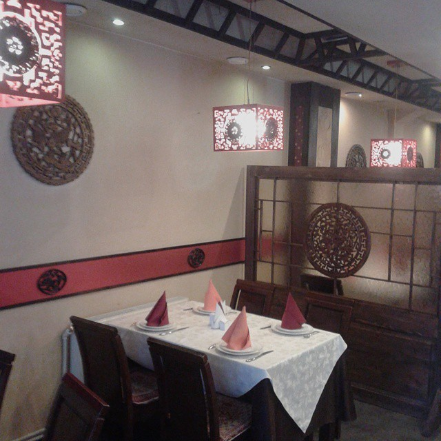 Table at Oriental Pearl