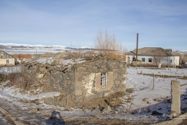 Abandoned houses in Tsalka